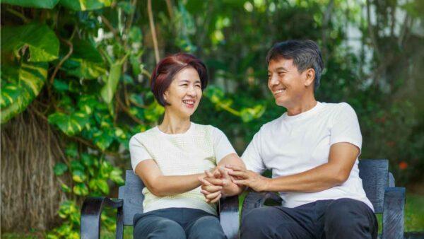【2021年版】50代の婚活基礎知識と3つのおすすめ方法 アイキャッチ画像